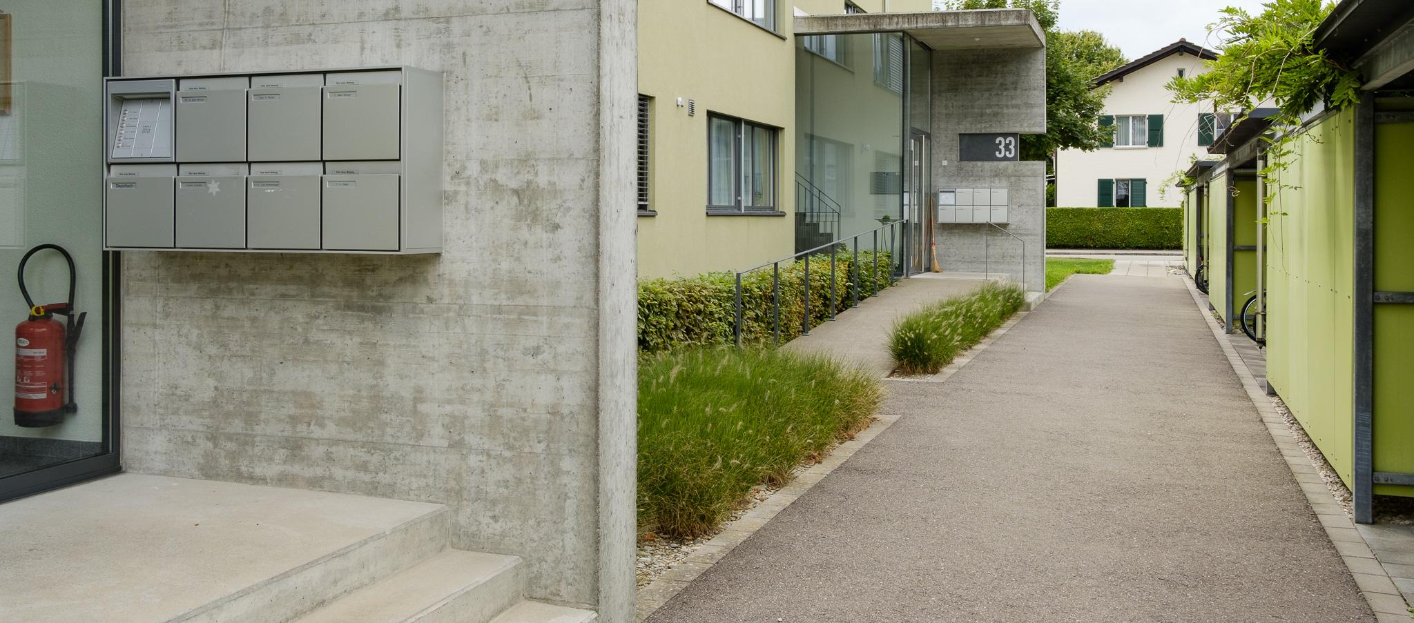 Hauseingang mit treppe und rampe wohn design - Rollstuhlrampe selber bauen ...