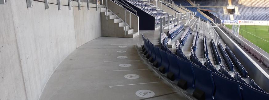 Zuschauerbereich Rollstuhlplätze Stadion